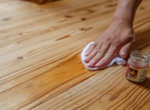 床 汚れ落とし